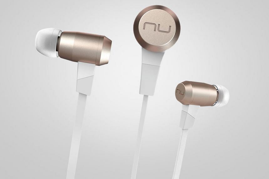The Optomo Nuforce BE 6 wireless earphones are light enough not to fall out from your ears easily, yet produce crisp audio and clear audio separation.