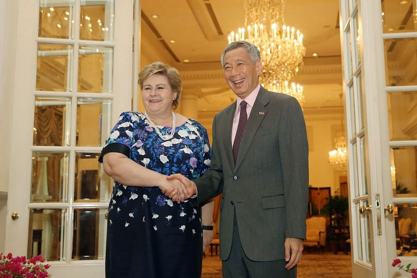 Norway's Prime Minister Erna Solberg with PM Lee Hsien Loong at the Istana yesterday. Ms Solberg said Singapore and Norway share a history and a forward-looking economic relationship.