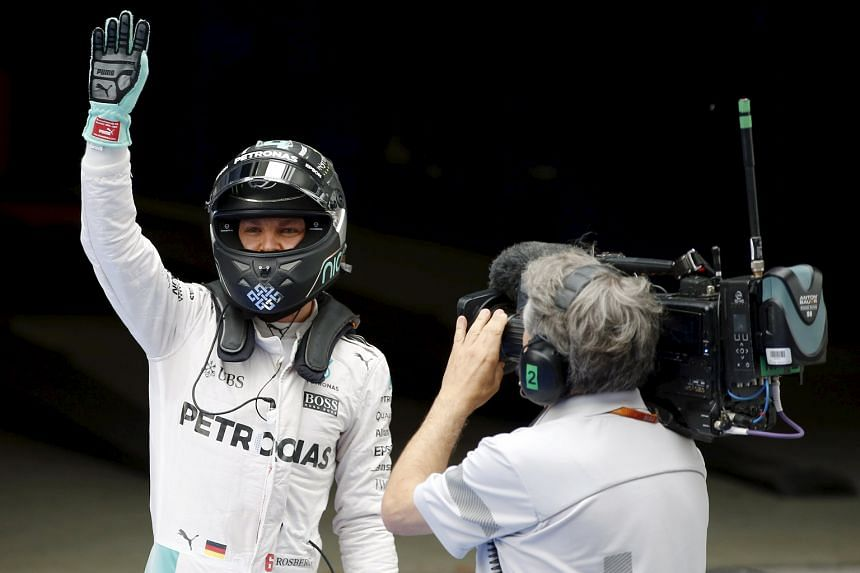 Nico Rosberg, who won the first two races this season, won his first pole of 2016 during yesterday's qualifying session at the Shanghai International Circuit.