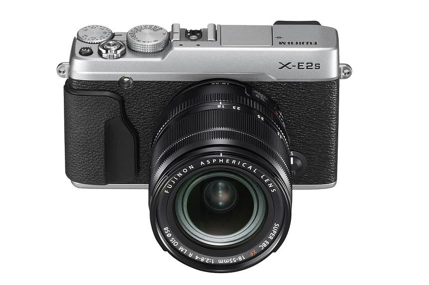 The Fujifilm X-E2s' picture quality is great for its class.