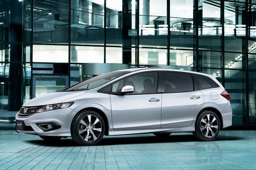 Honda has launched the Jade six-seater (above), the first Japanese MPVwith a turbo engine.