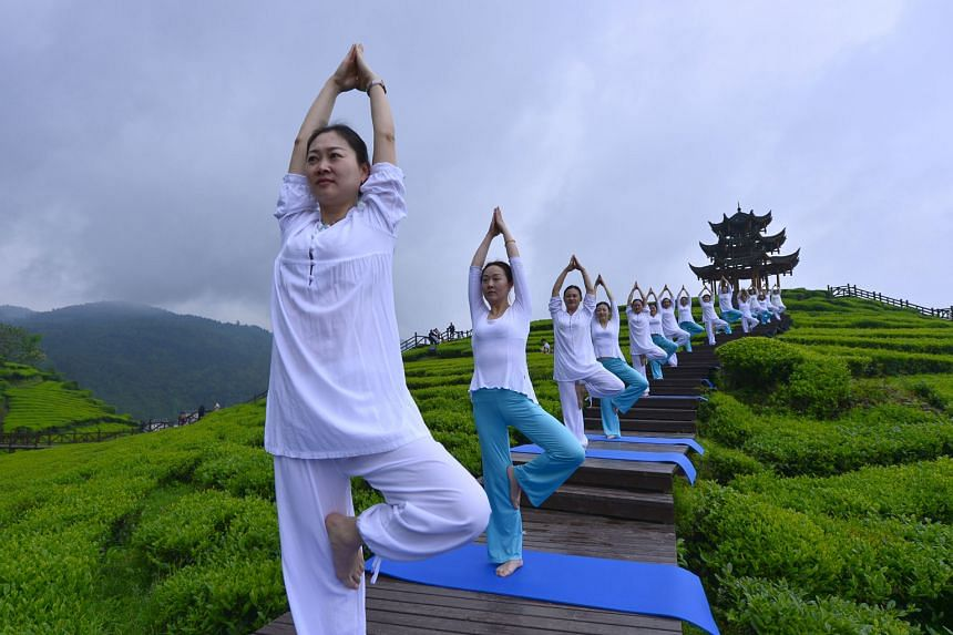 If you experience withdrawal symptoms like a tingling feeling in the hands and feet, do yoga or stretching exercises.