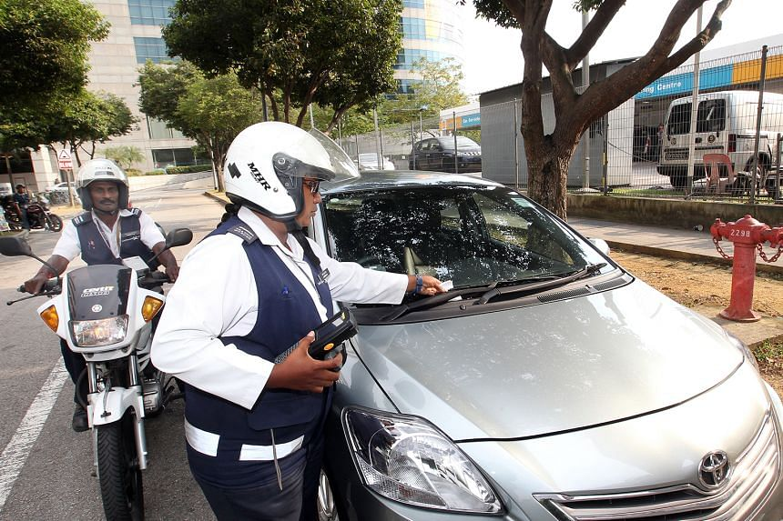 Parking offences are an example of minor cases that can be settled by paying a composition fine. However, a survey last year found that 60 per cent of offenders hauled to court did not know that court fines are several times that of composition fines