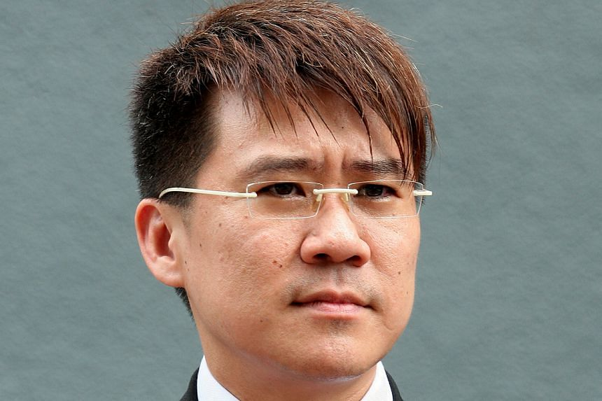 Loo gave legal advice to Chinese nationals even though he was not authorised to do so.