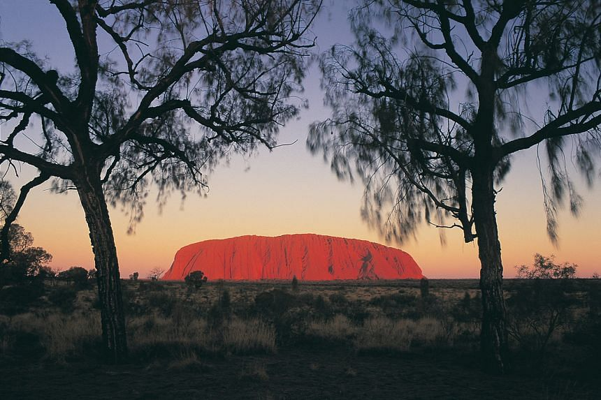 Visit Uluru on Contiki's six-day Rock and Red tour to the Northern Territory in Australia.