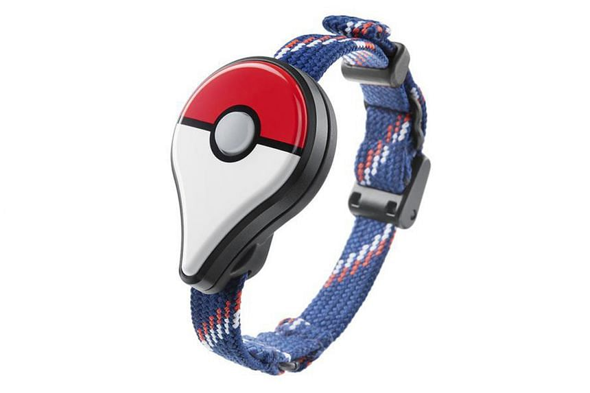 Trainers can use this device to play without the app being open.