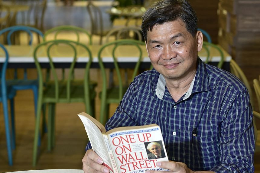 Mr Leong, who works in the security industry, reads annual reports to go through a company's five-year data before buying its stock. He has also devised his own methods, after reading up on the investment strategies of great investors like Warren Buf