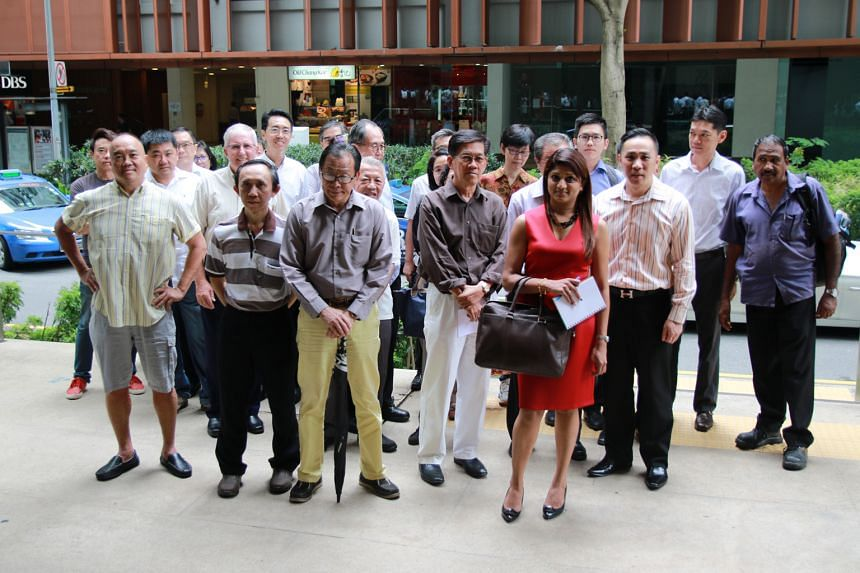 Some note holders who turned up for the informal meeting with Swissco's bosses yesterday.