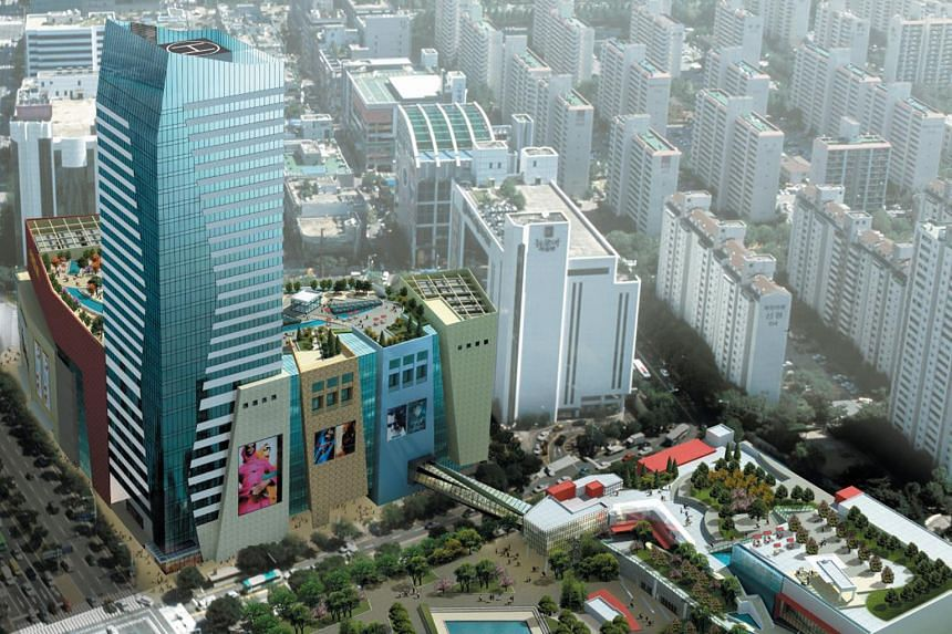 G-Square City Retail Complex in southern Seoul spans more than 200,000 sq m across 28 floors and it includes an office tower of more than 34,000 sq m.