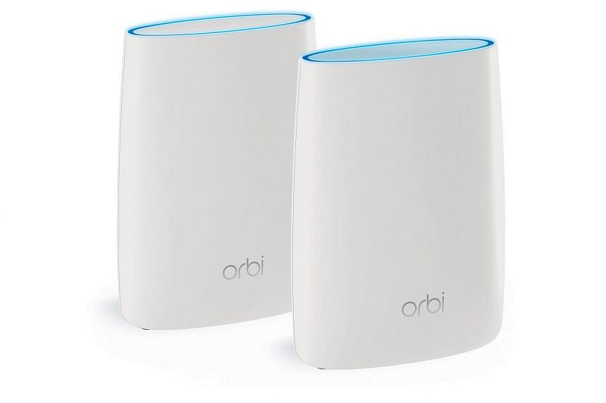 The Netgear Orbi standard kit comes with a router and a satellite.