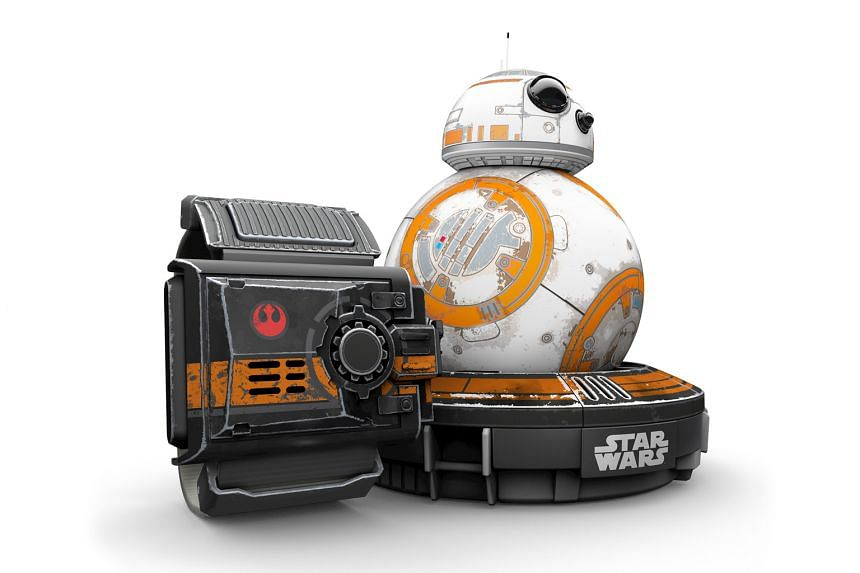 Sphero Star Wars BB-8 drone with the ForceBand Special Edition. Hand-gesture commands are more fun than using the smartphone app.