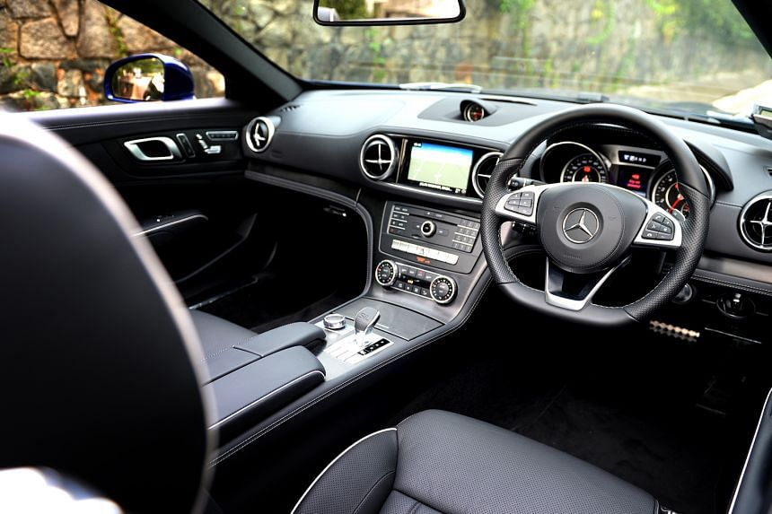 The SL400 has a nine-speed autobox with five transmission modes.