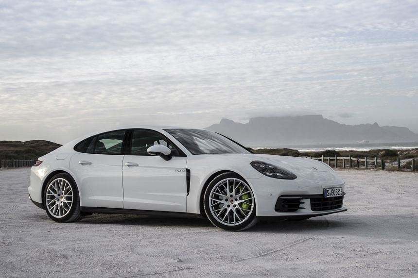 To optimise its fuel economy, plug in the Panamera 4 E-Hybrid to recharge its lithium-ion battery before each journey.