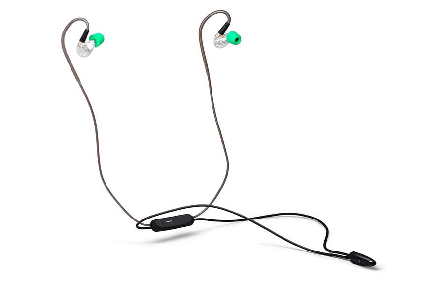 The Advanced Sound Model 3 earphones are great for commuting, as they are light and comfortable.