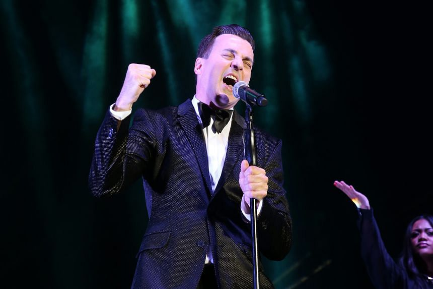 Tommy Page performing at the Retrolicious 2015 concert at Fort Canning in Singapore.