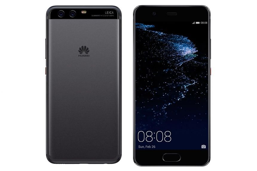 With the Huawei P10, shutterbugs can combine beauty mode - which sharpens and beautifies one's skin tone - with Huawei's faux-bokeh effect that blurs the background.