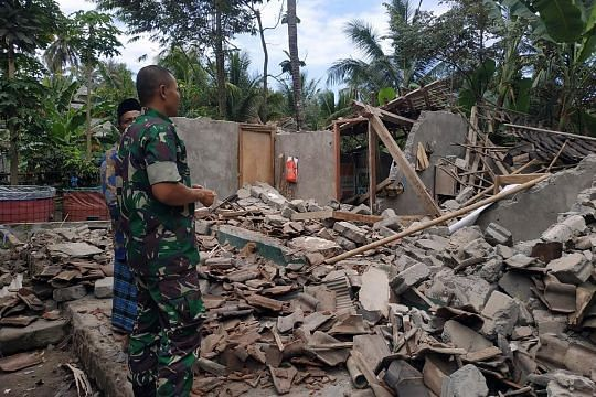 Lombok hit by fourth major quake in three weeks