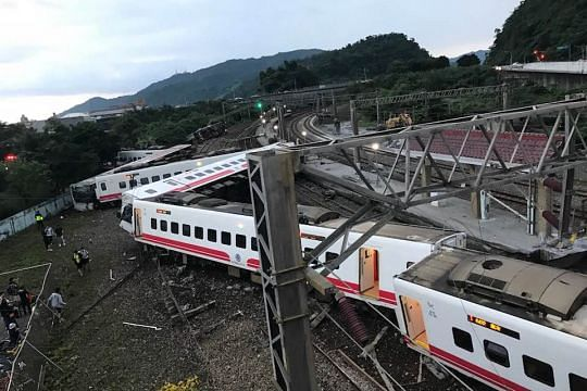 At least 3 dead, 30 injured after train derails in Taiwan's north eastern Yilan county