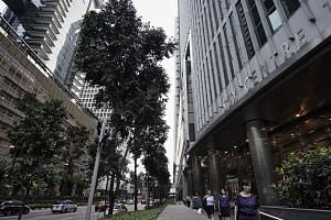 The Singapore Exchange (SGX) has suffered a major disruption to its trading system. The trouble started at 2.51pm. -- PHOTO: BLOOMBERG