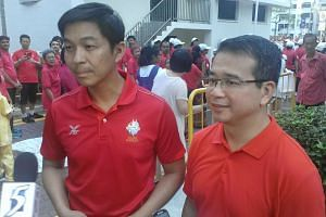 Current Moulmein-Kallang GRC MP Edwin Tong (right) with Minister for Social and Family Development and Marine Parade GRC MP Tan Chuan-Jin at a grassroots event in Marine Parade on Sunday, Aug 2, 2015.