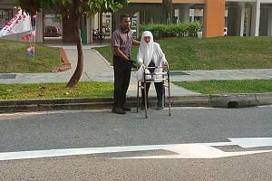 Mr Mohamad Farif Shahbudin got off the bus to help a frail old woman, who was using a walking frame, cross a busy street.