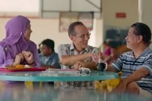 "A fun video of a ""makcik"" and two coffee shop uncles envisioning the future of Singapore has been making the rounds online."