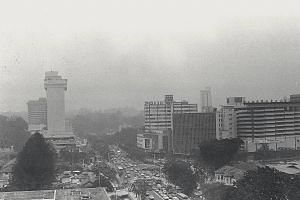 A picture of Orchard Road shows the extent of the haze.