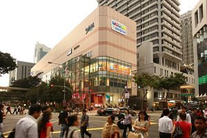 Funan DigitaLife Mall will close in the third quarter of next year for three years of redevelopment. Online shopping is one of the factors that contributed to a fall in business at the computer and electronics mall.