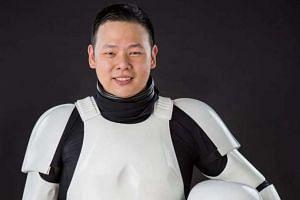 Mr Jeremy Huang.