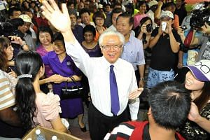 Dr Tony Tan with supporters during the 2011 Presidential Election.