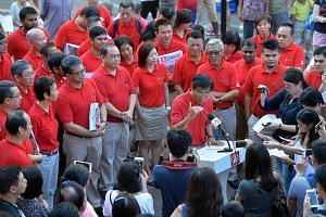 Dr Chee announcing his intention to contest the upcoming Bukit Batok by-election yesterday. He said that the SDP's goal would be to surpass the current performance levels of PAP-run town councils.