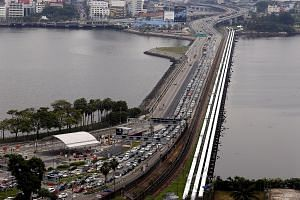 Malaysia and Singapore are expected to discuss the congestion problems at the Johor Causeway, during a meeting between leaders of the two countries.