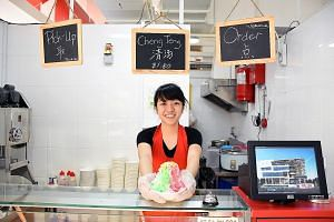 Ms Chng, who quit her job as an assistant at a clinic, says the Entrepreneurship Programme has taught her how to run her own business. She now runs a stall selling local desserts at Ci Yuan hawker centre.