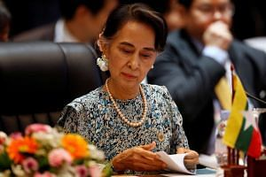 Myanmar leader Aung San Suu Kyi is scheduled to meet Chinese Premier Li Keqiang and President Xi Jinping.