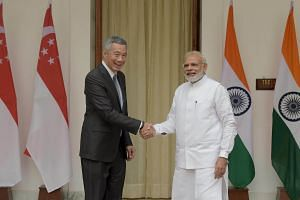 Prime Minister Lee Hsien Loong meets Indian PM Narendra Modi at the Hyderabad House, New Delhi on Oct 4, 2016.