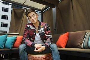 Nathan Hartono won Teenage magazine's talent contest, Teenage Icon, in 2005, which kick-started his singing career.