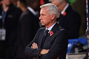 Crystal Palace's English manager Alan Pardew on Oct 29, 2016