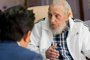 Fidel Castro meets with Japanese Prime Minister Shinzo Abe on Sept 22, 2016.