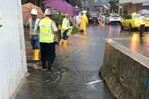 Flash floods occurred at Maxwell Road due to heavy rain on Monday (Jan 23) morning.