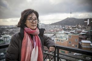 Prof Park drew civil and criminal complaints after she published her 2013 book, which said there was no evidence that the Japanese government was officially involved in World War II sexual slavery involving Korean women.