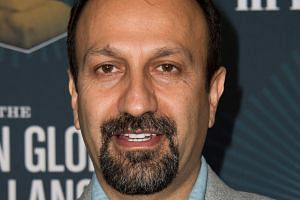 Iranian director Asghar Farhadi may not be allowed into the US despite his film being nominated for an Oscar.