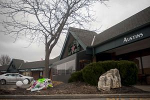 A makeshift memorial after a shooting at Austins Bar and Grill in Olathe, Kansas, on Feb 24, 2017.