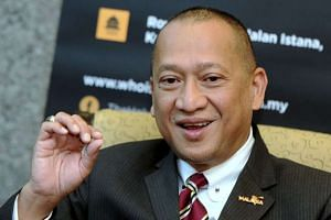 Malaysia's Tourism and Culture Minister Nazri Aziz criticised the country's censors for seeking to cut a