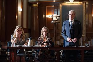 Billy Bob Thornton in Goliath as a down-and-out lawyer with (from left) Nina Arianda, who stars as an ambulance- chasing lawyer, and Ever Carradine, who plays her client.