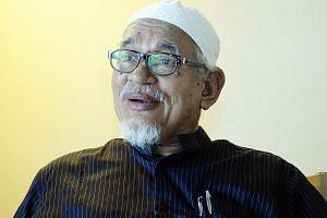 PAS chief Abdul Hadi Awang is on the syura council.