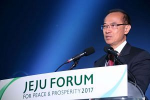 Singapore's former foreign minister George Yeo speaking at the Jeju Forum on June 1, 2017.