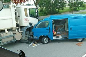 A 36-year-old delivery driver died in an accident with a tipper truck on Thursday.