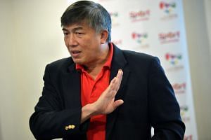 SportSG chief executive officer Lim Teck Yin has urged all parties to set aside their personal differences ahead of the upcoming Aug 19-30 SEA Games in Kuala Lumpur.
