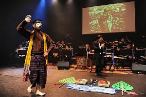 In a performance last year about Sisters' Island, Ding Yi Music Company included Javanese dance and sand art.