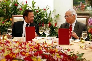 President Tony Tan Keng Yam (right)  paid tribute to the special relationship between the two nations at a state banquet he was hosting in honour of Brunei Sultan Hassanal Bolkiah, who is in town on a two-day state visit.